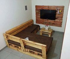 Pallet Wall LCD Holder and Furniture