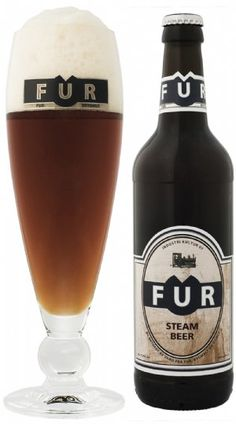 FUR Steam Beer er en undergæret øl af typen Steam Beer. Klar øl med kraftig ravgylden farve. Fyldigt cremefarvet skum med lang holdbarhed og fine blonder på glasset. Varm vinøs aroma med fin oplevelse af humle. Kraftig og varm smag af mørk malt med den fyldige harmoniske afslutning af humlen. FUR Steam Beer er brygget på 3 forskellige malttyper, hvoraf den ene er en karamelmalt. FUR Steam Beer indeholder både klassisk bitterhumle og aromahumle, som giver den fine duft og velafbalancerede…