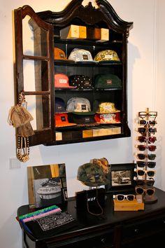 KOPF UND KRAGEN  vintage corner/ 5-panel and accessoire area
