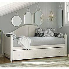 spare bedroom daybed with trundle Spare Bedroom Office, Guest Room Office, Spare Room, Master Bedroom, Daybed Room, Daybed With Trundle, Bunk Bed, Guest Room Decor, Bedroom Decor