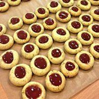 Recept : Husarské koláčky | ReceptyOnLine.cz - kuchařka, recepty a inspirace Cooker, Cheesecake, Food And Drink, Pie, Sweets, Desserts, Biscuits, Food Recipes, Torte
