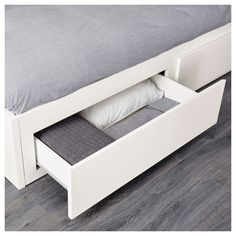 FLEKKE Day-bed frame with 2 drawers, white, Single. A sofa by day and a bed for one – or two – by night. The two large drawers give plenty of space for quilts, pillows and bed linen. Large Cushion Covers, Large Cushions, Lit Banquette 2 Places, Day Bed Frame, Lit Simple, Cosy Corner, Bed Slats, Fluffy Pillows, Applique Quilts