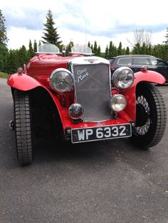 Vintage Cars, Antique Cars, Supercar, Classic Cars, British, Sports, Hs Sports, Excercise, Sport