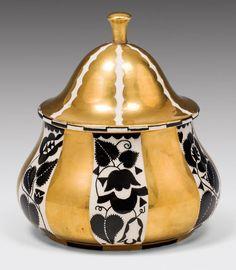 Koloman Moser, Art Nouveau, Vienna Secession, Atelier D Art, Thing 1, Ceramic Sculptures, Vintage Box, Gustav Klimt, Ceramic Pottery