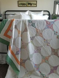 Exc Charming Cottage Home Vintage 30s Hummingbird or Snowball QUILT 89x80