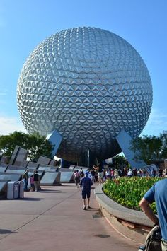 Analizamos todas las atracciones de Epcot en Walt Disney World #travelwihtkids #viajarconniños #Disney Family Vacation Destinations, Cruise Vacation, Disney Vacations, Family Vacations, Family Travel, Disney Cruise Line, Disney Parks, Walt Disney World, Downtown Disney