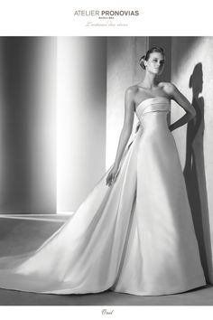 Onil  Classic dress with full skirt - Pronovias 879ed3f828d
