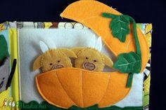 Iciri-piciri  - ujjbábos fejlesztő mondókás  könyv / 2 (AnZsumeseorszaga) - Meska.hu Dinosaur Stuffed Animal, Kindergarten, Coin Purse, Education, Animals, Handmade Crafts, Animales, Animaux, Kindergartens