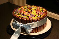 Super kul kake til barnebursdag :D Babyshower, Birthday Cake, Sweets, Chocolate, Recipes, Food, Celine, Cakes, Tattoo
