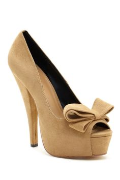 Peep Toe Bow Pump