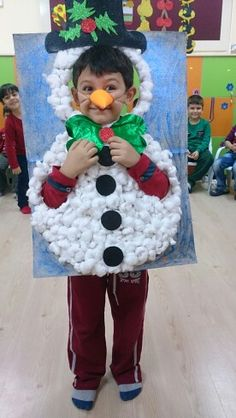 Christmas Crafts For Kids, Christmas Cards, Mickey Mouse Classroom, Chinese Crafts, Diwali Craft, Winter Project, Pre School, Diy Paper, Kids And Parenting