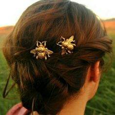 Bumblebee Hair Accessories Gold bumblebee hair accessories. On Etsy for at least $15. Third photo is the pins for sale. Accessories Hair Accessories