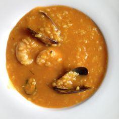 La Thermomix de la Plana: Arroz caldoso de gambas y mejillones Rice Recipes, Thai Red Curry, Pasta, Ethnic Recipes, Food, Recipes With Rice, Dishes, Cooking, Mussels