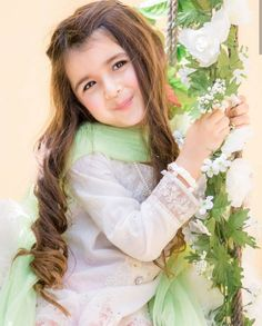 New Pictures of Cutest and Youngest Pakistani/American 4 years Old Model Miah Dhanani Cute Little Baby Girl, Beautiful Baby Girl, Little Doll, Cute Kids Photos, Cute Baby Girl Pictures, Cute Girl Dresses, Cute Girl Outfits, Cute Baby Girl Wallpaper, Cute Babies Photography
