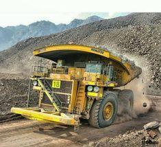 United Machinery Training Center: Dump Truck Training Course in Xai-Xai Fire Training, Training Center, Mining Equipment, Heavy Equipment, Welding Courses, Safety Courses, Civil Construction, Drilling Rig, Dump Trucks