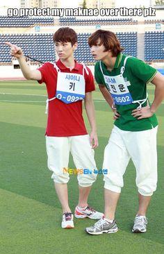SHINee - Key , K-pop Macros Awww, Key Umma is watching over baby Taemin XD