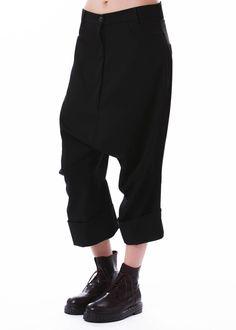 Hose von RUNDHOLZ bei nobananas mode #nobananas #rundholz #wool #pants #zipper…
