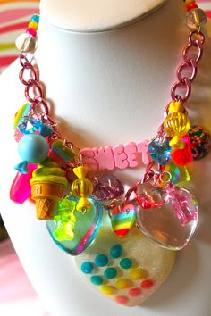 Sugar Shock Gummi Bears and Candy Dot Charm Necklace - Kitsch Kawaii - Candy Glam - Candy Charm Necklace - Gummi Bear Necklace Kawaii Jewelry, Kawaii Accessories, Cute Jewelry, Clothing Accessories, Kitsch, Mode Kawaii, Dots Candy, Body Jewelry Shop, Candy Jewelry