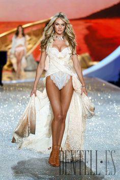 "Victoria's Secret ""Shipwrecked"", 2013 fashion show - Dessous"