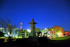 オリオン座と常夜燈。  江戸川土手から日暮れ直後に。  by Tyo Omi