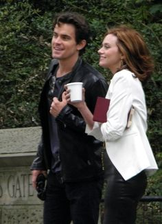 White Collar - if matt bomer wasn't gay, these two would make the best/hottest couple pretty much ever Jackson Walker, White Collar Quotes, Hilarie Burton, Life Isnt Fair, Neal Caffrey, Show White, Music Film, Matt Bomer, Christian Grey