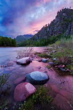love the tonal blues & purple  ✿✿ڿڰۣ(̆̃̃-->Donna-NYrockphotogir@twitter.com/  ✯ Beautiful  ✯✯ Sunsetr, Sayan mountains, Russia