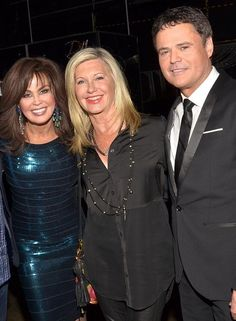 After enjoying the Donny & Marie show at Flamingo Las Vegas last night, beloved Australian singer-actress Olivia Newton-John joined America's favorite brother-sister duo backstage after the show for a photo (Photo credit: Caesars Entertainment).