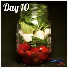 From - Day 10 - Caprese Salad - 2 tbsp balsamic vinaigrette ½ cup cherry tomatoes, halved 2 tbsp fresh basil leaves ½ cup bocconcini cheese 1 cup baby spinach - Let me know what your favourite lunch recipe is! Have a great weekend everyone! Mason Jar Lunch, Mason Jar Meals, Meals In A Jar, Lunch Recipes, Whole Food Recipes, Salad Recipes, Jar Recipes, Simple Recipes, Salad In A Jar