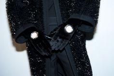 En backstage du défilé Balenciaga automne-hiver 2015-2016 http://www.vogue.fr/mode/inspirations/diaporama/fwah2015-en-backstage-du-dfil-balenciaga-automne-hiver-2015-2016/19510/carrousel/1/plein-ecran#2