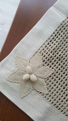Ripple Rainforest Scarf pattern by Ellie from Hook Yarn Carabiner Crochet Pouf, Crochet Pillow, Filet Crochet, Irish Crochet, Crochet Crafts, Crochet Doilies, Crochet Flowers, Crochet Lace, Crochet Designs