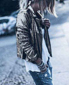 Danish fashion brand & Online shop • Wholesale and retail inquiries : info@lotonestudio.com • WE SHIP WORLD WIDE •