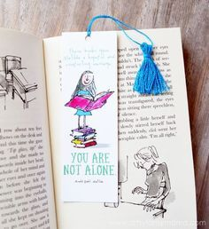 Free Printable Roald Dahl Bookmarks and DIY Mini Tassel Tutorial Roald Dahl Day, Matilda Roald Dahl, Roald Dahl Books, Free Printable Bookmarks, Free Printables, Bookmarks Kids, Roald Dahl Activities, Library Activities, Book Week