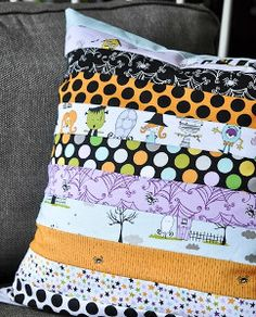 Too Cute to Spook Halloween Pillow | Free Quilt Tutorial | FaveQuilts.com