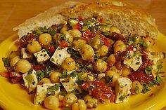 Kichererbsensalat mit getrockneten Tomaten und Feta super lecker und schnell gemacht