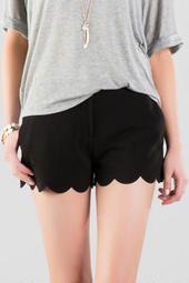 Betsy Scalloped Shorts