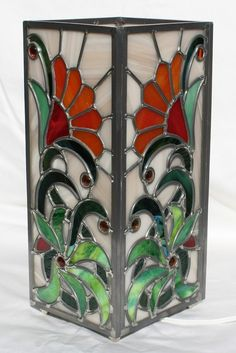 Gorgeous stained glass abstract sunflower lamp $300.00