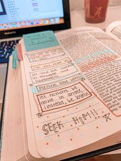 Bible Drawing, Bible Doodling, Doodling Journal, Bible Study Notebook, Bible Study Journal, Scripture Journal, Tittle Ideas, Cute Bibles, Journaling