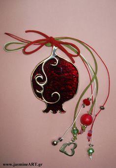 γουρια 2016 - Αναζήτηση Google All Things Christmas, Christmas Bulbs, Christmas Decorations, Xmas, Holiday Decor, Christmas Ideas, Decor Crafts, Diy Crafts, Lucky Charm