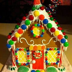 Ikea Gingerbread House, Gingerbread House Designs, Gingerbread House Parties, Gingerbread Village, Gingerbread Decorations, Gingerbread Cake, Christmas Candy, Christmas Baking, Christmas Cookies