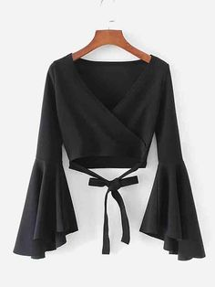 Bell Sleeve Knotted Hem Surplice Blouse -SheIn(Sheinside) - Bell Sleeve Knotted Hem Surplice Blouse -SheIn(Sheinside) Source by - Teen Fashion Outfits, Mode Outfits, Girl Fashion, Girl Outfits, Fashion Dresses, Fashion Sale, Emo Fashion, School Outfits, Crop Top Outfits