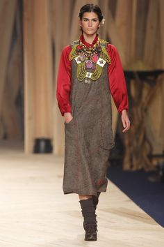FW11 Far From Man Close To Gods Winter Mood - Catwalk