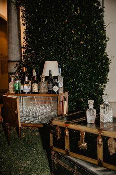 Wedding Hall Decorations, Decor Wedding, Wedding Breakfast Decor, Wedding Drink Menu, Flower Centerpieces, Centrepieces, Bright Wedding Flowers, Wedding Abroad, Outdoor Wedding Reception