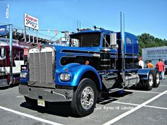big trucks | Old Kenworth Big Rig Truck