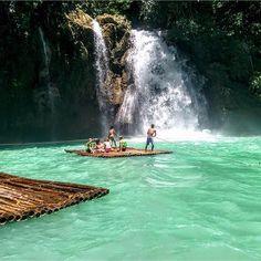Be More  Op deze steenkoude dag (help.. het wordt vast nóg kouder..!) dromen we maar al te graag weg bij dit zomerse plaatje uit de #filipijnen gemaakt door Micha van Egteren. #bemore #vrijwilligerswerk #reizen #weekend #weekendtrips #zon #winter