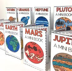 Solar System Projects for Kids - Students will love these planet projects - Each Planet Mini Book uses only one sheet of paper and NO glue, tape, or staples! LOVE THESE! Solar System Activities | Plan