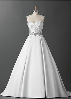ELEGANT SATIN A-LINE SWEETHEART NECKLINE WEDDING DRESS WITH BEADED LACE APPLIQUS FORMAL PROM EVENING PARTY