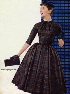 Chromspun 1956 - Dress by Judy 'n Jill designed by Shannon Rodger