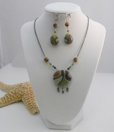 Needle Felted Necklace OOAK Abstract by ZazzyPeacockStudios,
