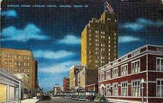 Unused old antique vintage Abilene Texas TX Cypress Street South Paramount Theatre Vintage Postcard Abilene Texas TX Night view of Cypress Street South with Paramount Theatre on right. Street Veiw, Texas Hill Country, West Texas, Abilene Texas, Paramount Theater, Art Assignments, Jensen Beach, Canyon Lake, Old Antiques
