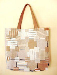 Mosaico. Bolsa com retalhos de algodão eco. Alça de couro.
